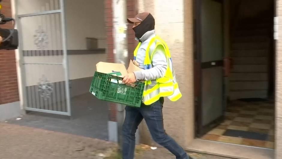 Nordrhein-Westfalen: Wegen Terrorgefahr: Polizei durchsucht Wohnungen in Düren und Köln