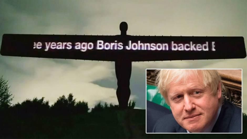 Brexit-Protest: Aktivisten projizieren entlarvenden Text über Boris Johnson auf berühmtes Denkmal