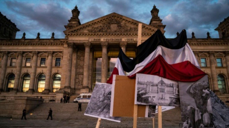 Proteste vor dem Berliner Reichstag