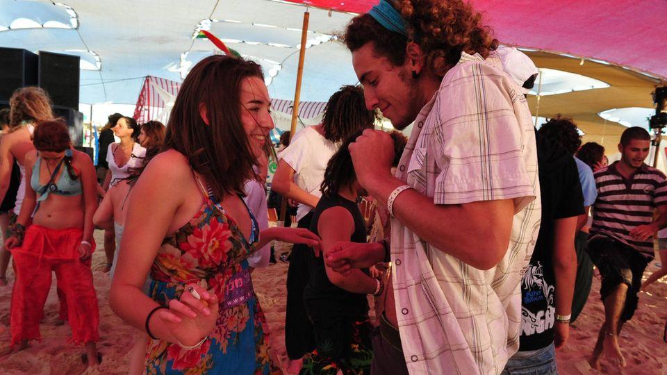 Israelis feiern Mitte April beim Boombamela Festival