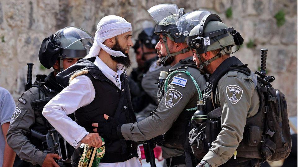 Am 10. Mai eskalierten Spannungen in Jerusalem zwischen Palästinensern, jüdischen Extremisten und Sicherheitskräften. Es gab viele Verletzte