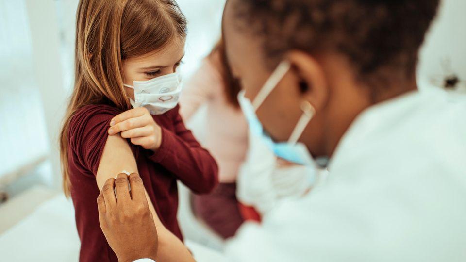 Long Covid und andere Folgen: Covid ist gefährlicher für Kinder als viele denken – so ist der Stand bei der Impfung für die Kleinen