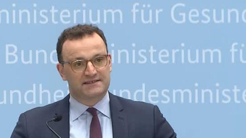 News zur Corona-Pandemie: Jens Spahn sieht Chance für problemlosen Sommerurlaub in der EU