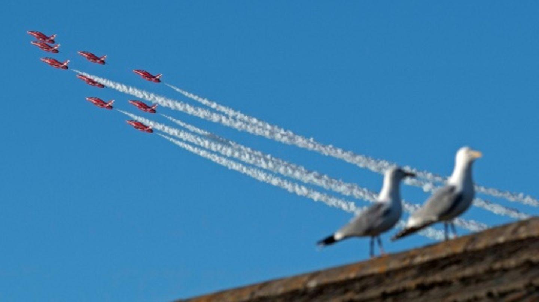 Flugshow der Fliegerstaffel Red Arrows
