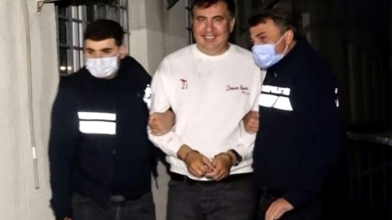 Saakaschwili in Handschellen